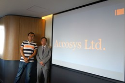 Accosys-Team – Professor Victor Li (right) and Dr Miles Wen